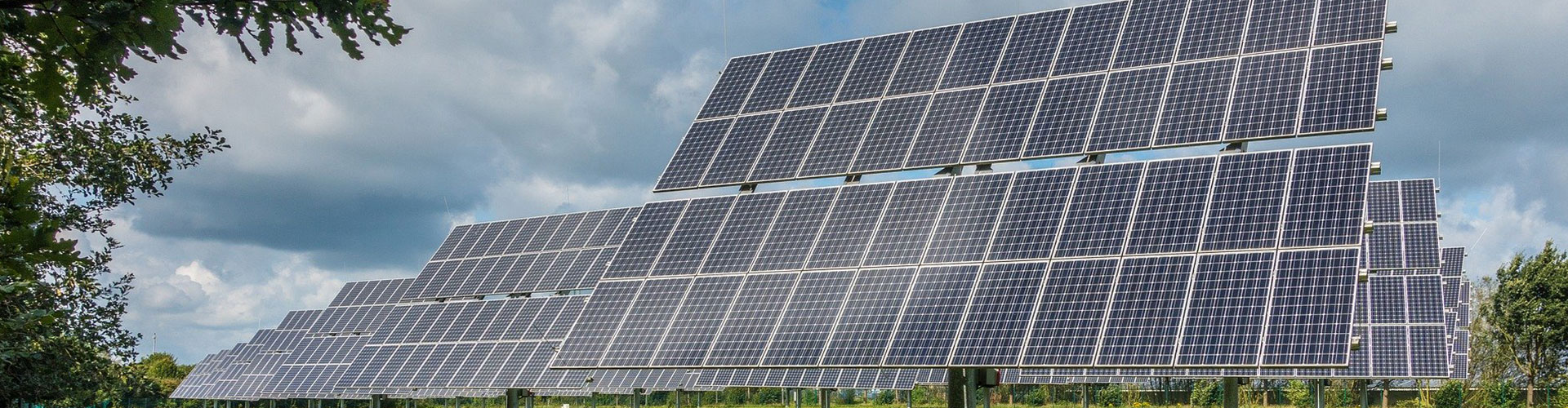 Big Commercial Solar Panels In Field